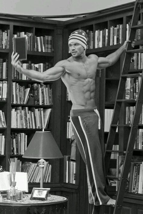 f4415ac006c44cdf6628c904d02bfb97--reading-is-sexy-love-reading.jpg